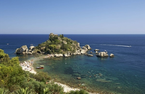 beaches taormina