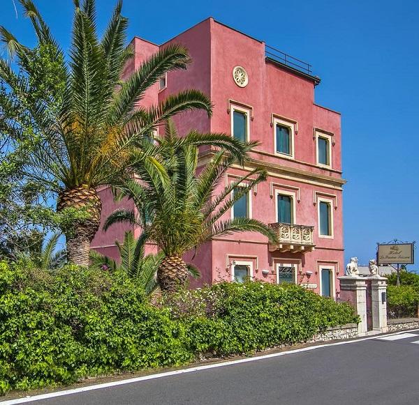 Charming hotel Taormina