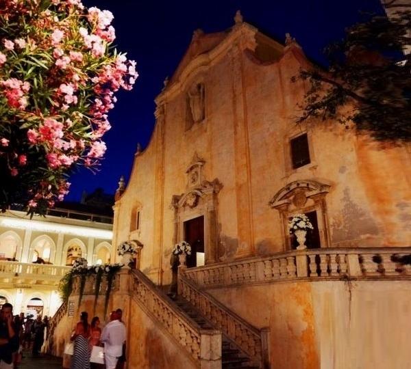 churches in taormina
