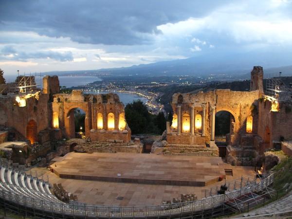 monuments taormina